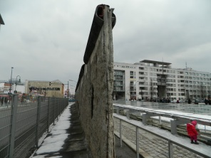 A view east and west of the wall at Willhelmstrasse