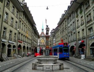 Marktgasse looking towards Zytgloggeturm