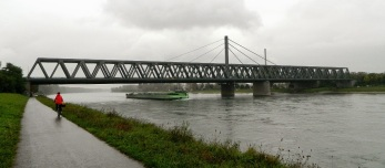 A very soggy cycle ride back alongside the mighty Rhine