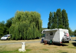 Camping alongside the Moselle at Metz
