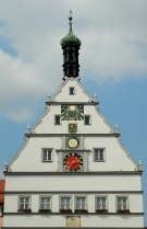 Clock on City Councillors' Tavern