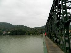 Crossing the Donau to Krems