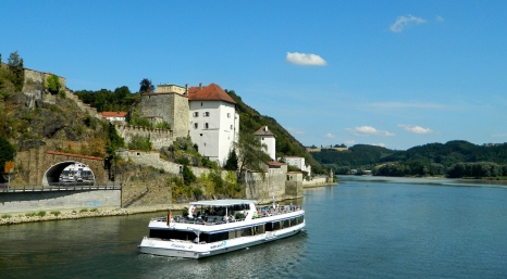 Day boats on the Danube