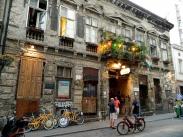 Ruin pub 'Szimpla Kert' exterior