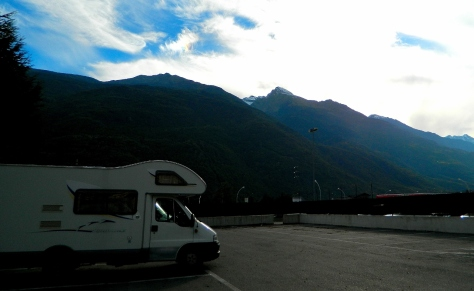 Climbing 549m to Châtillon aire for the night
