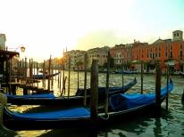 Early morning gondolas