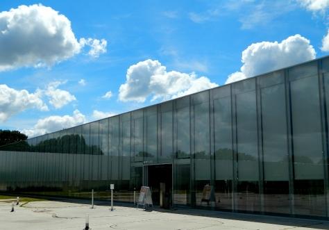 Illusory Lens Louvre