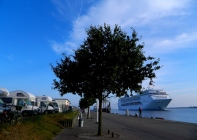 The MSC Opera cruise ship arrives at Warnemünde