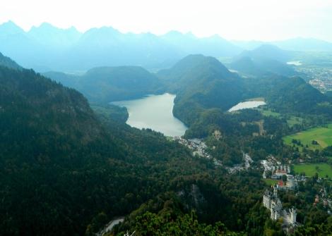 Neuschwanstein setting