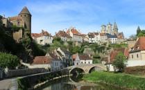 Pont Pinard view of Semur en Auxois