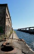Submarine dock