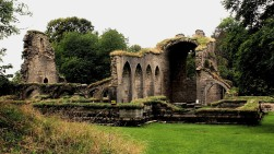 Alvasta Monestery ruins