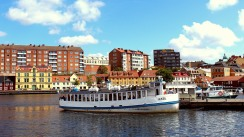 Boats leaving Fisktorget