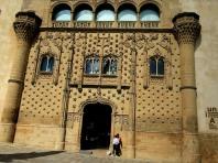 Palacio de Jabalquinto doorway