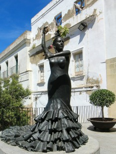 Statue of Conchita Aranda Fosa